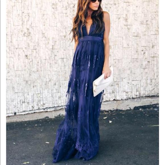b26fc628dbf VICI Antonia Maxi Dress